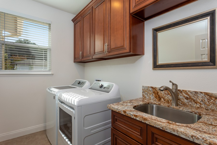 Real Estate Photography - 3205 Oxford Road, Cameron Park, CA, 95682 - Laundry Room