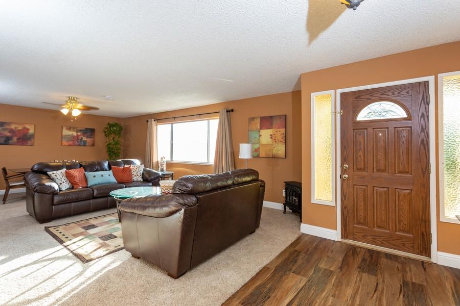 Real Estate Photography - 1370 Wesley Lane, Auburn, CA, 95603 - Entryway