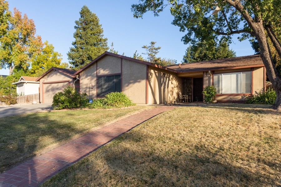 Real Estate Photography - 7220 Roca Way, Sacramento, CA, 95842 - Front View