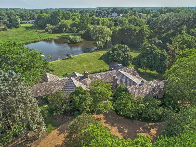 Real Estate Photography - 32 Oak Knoll Road, Barrington Hills, IL, 60010 - Aerial View