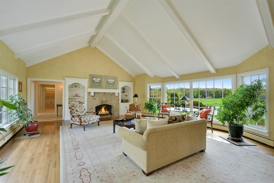 Real Estate Photography - 32 Oak Knoll Road, Barrington Hills, IL, 60010 - Great Room