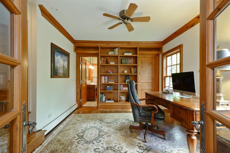 Real Estate Photography - 32 Oak Knoll Road, Barrington Hills, IL, 60010 - Office