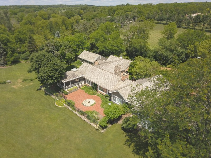 Real Estate Photography - 32 Oak Knoll Road, Barrington Hills, IL, 60010 - Aerial View of Property