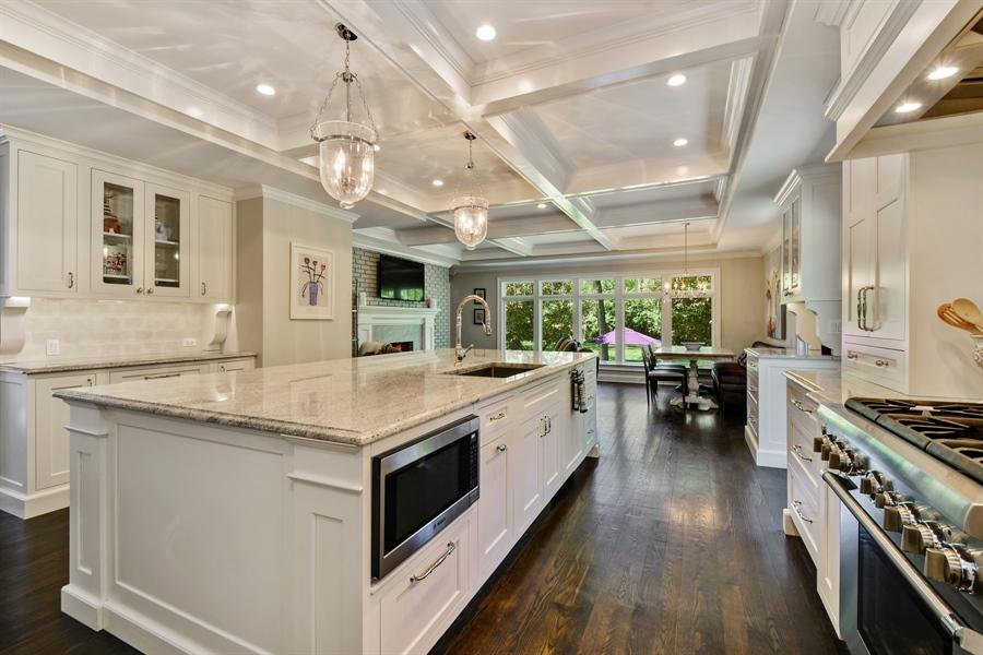 Real Estate Photography - 630 Elm Road, Barrington, IL, 60010 - Kitchen
