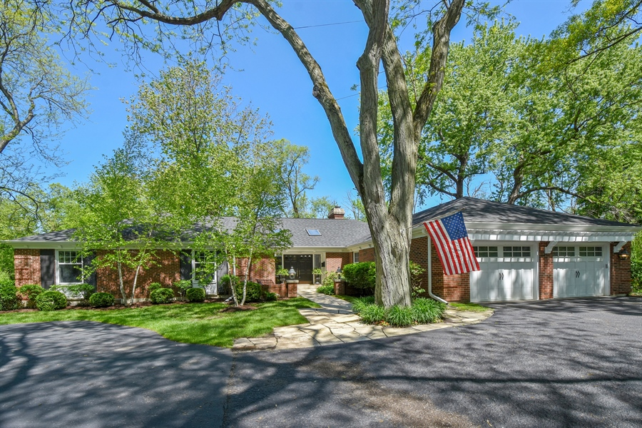 Real Estate Photography - 630 Elm Road, Barrington, IL, 60010 - Front View