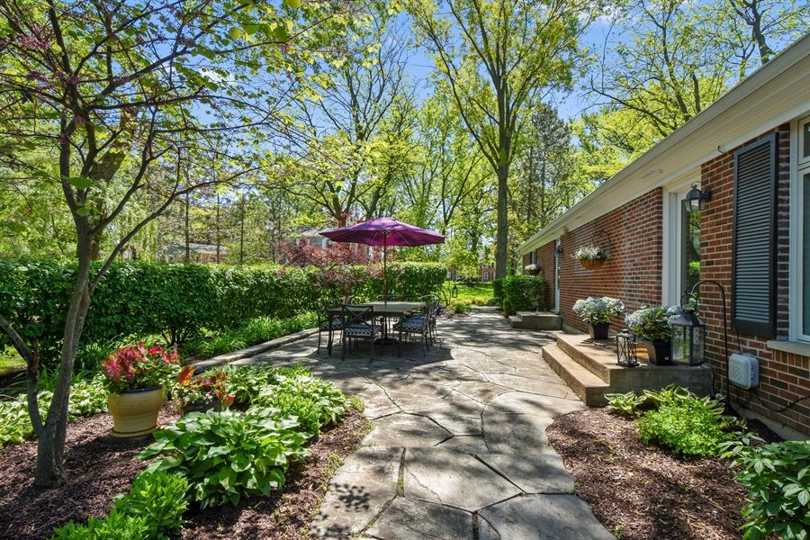 Real Estate Photography - 630 Elm Road, Barrington, IL, 60010 - Side Patio