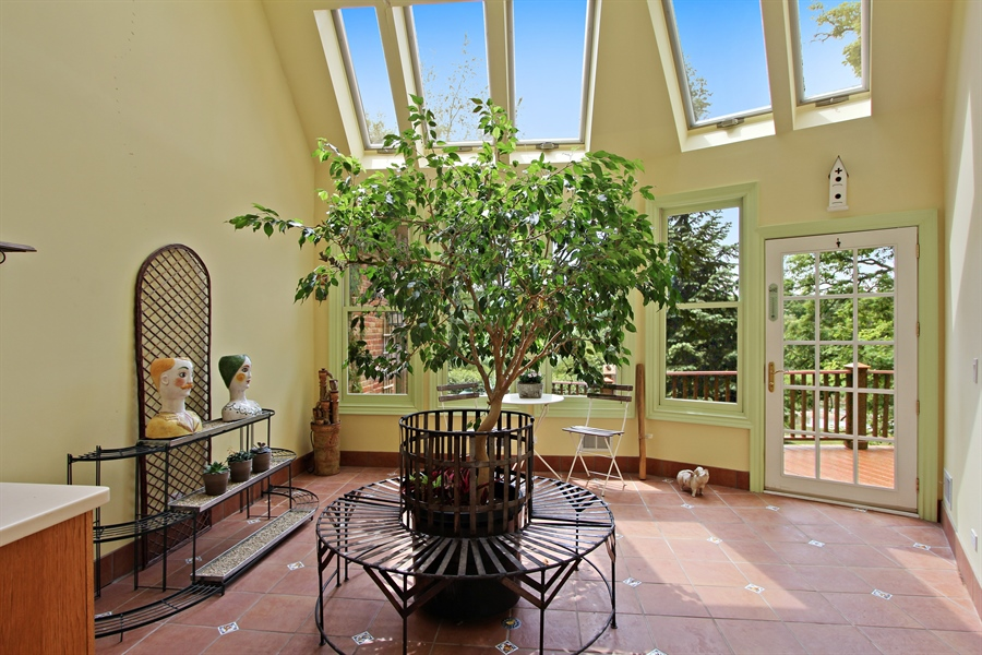 Real Estate Photography - 559 Oak Knoll Rd, Barrington Hills, IL, 60010 - Atrium/Sunroom