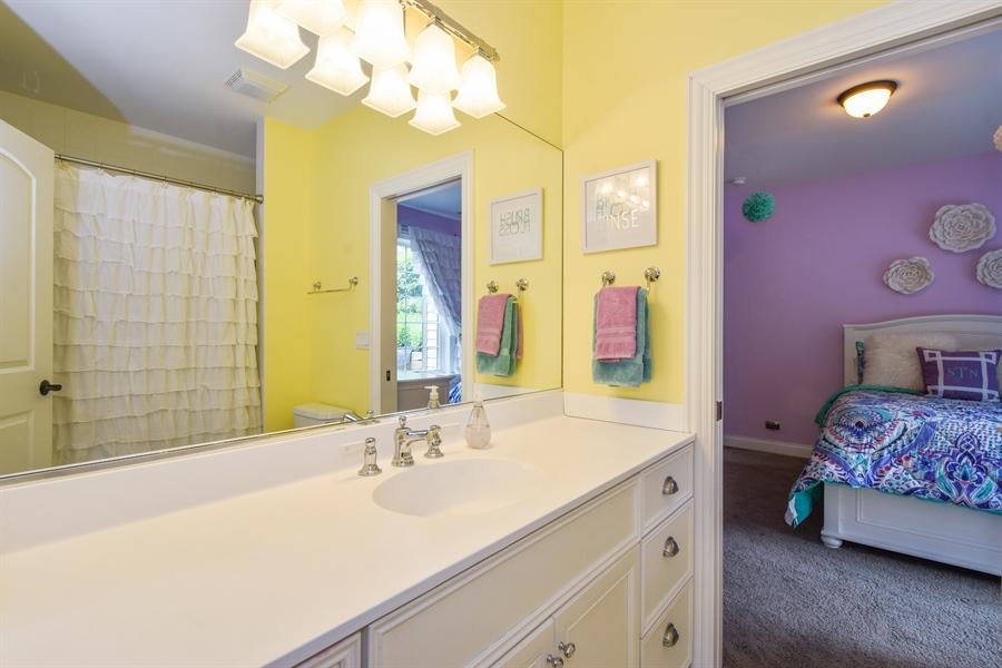 Real Estate Photography - 24215 N Coneflower Drive, Lake Barrington, IL, 60010 - Bathroom En Suite
