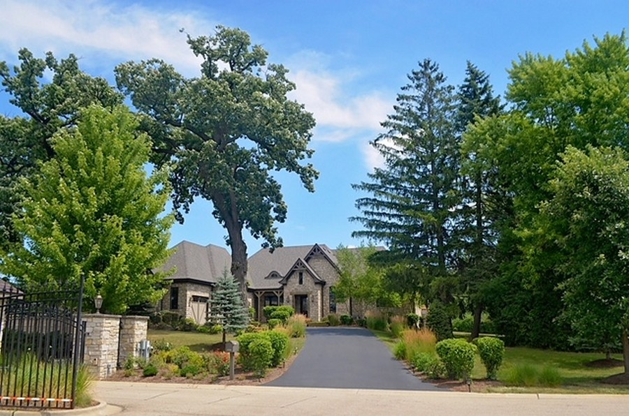 Real Estate Photography - 24215 N Coneflower Drive, Lake Barrington, IL, 60010 - Front View