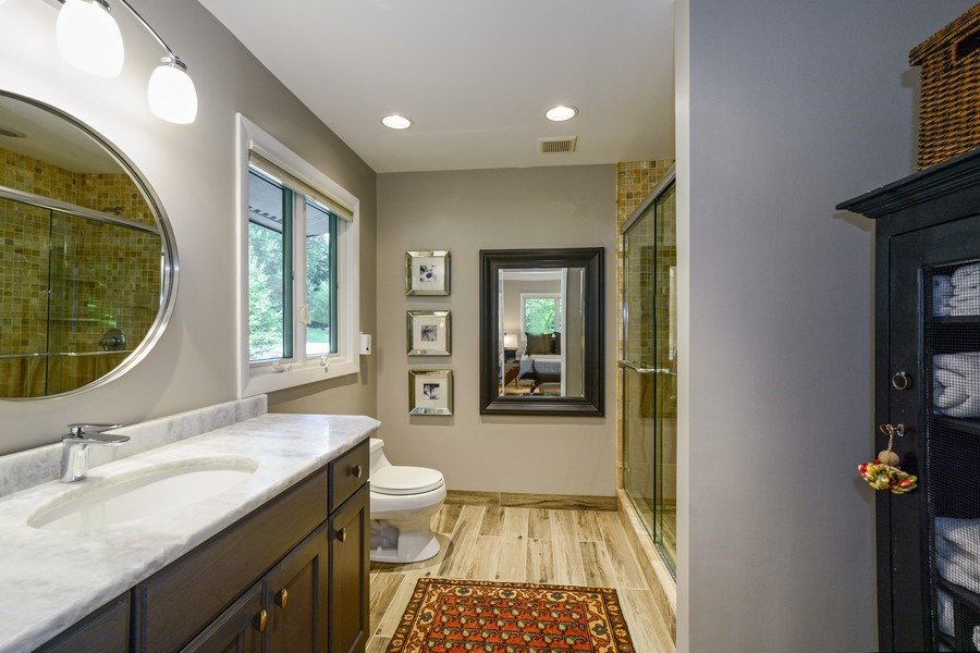 Real Estate Photography - 124 South Hills, Tower Lakes, IL, 60010 - Master Bathroom