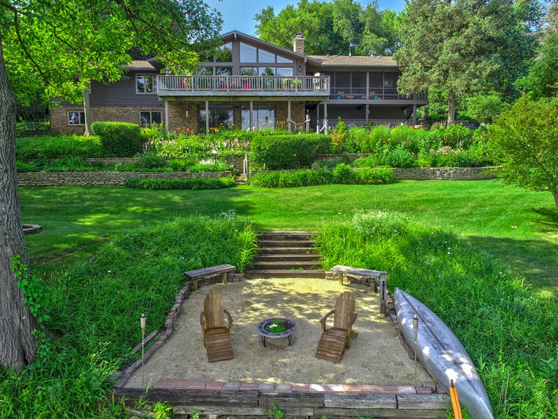 Real Estate Photography - 124 South Hills, Tower Lakes, IL, 60010 - Exterior