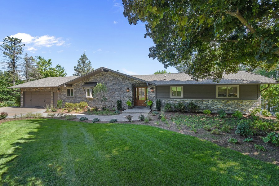 Real Estate Photography - 124 South Hills, Tower Lakes, IL, 60010 - Front View