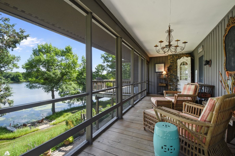 Real Estate Photography - 124 South Hills, Tower Lakes, IL, 60010 - Screened Porch