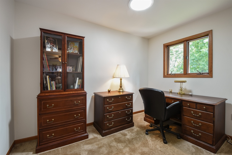 Real Estate Photography - 7 Mohawk Court, South Barrington, IL, 60010 - Study