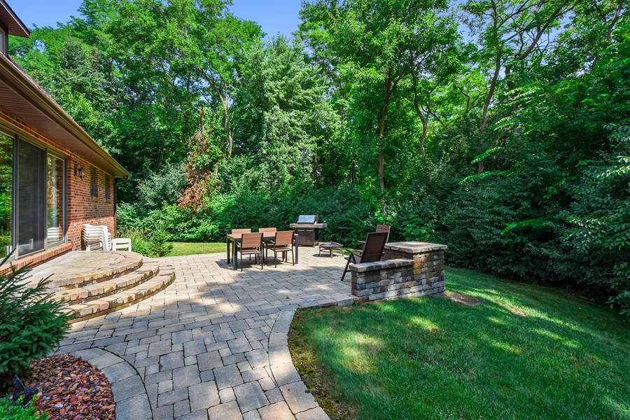 Real Estate Photography - 7 Mohawk Court, South Barrington, IL, 60010 - Patio