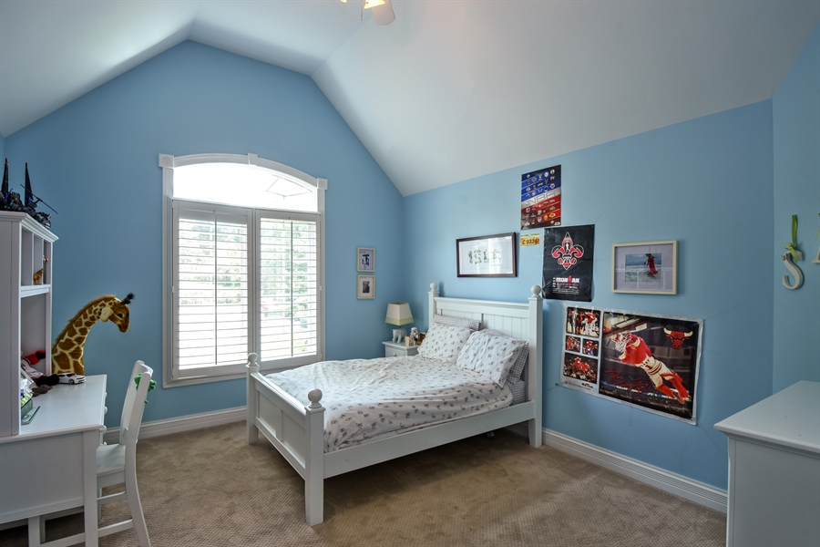 Real Estate Photography - 50 Whitetail Lane, Barrington, IL, 60010 - 2nd Bedroom