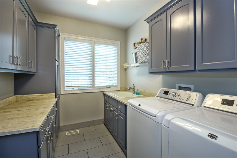 Real Estate Photography - 50 Whitetail Lane, Barrington, IL, 60010 - Laundry Room