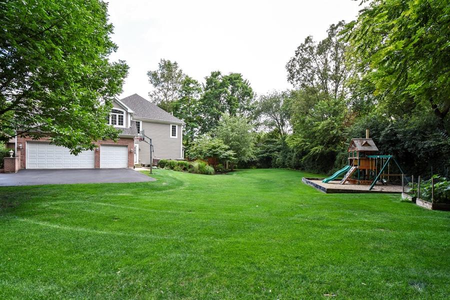 Real Estate Photography - 50 Whitetail Lane, Barrington, IL, 60010 - Side View