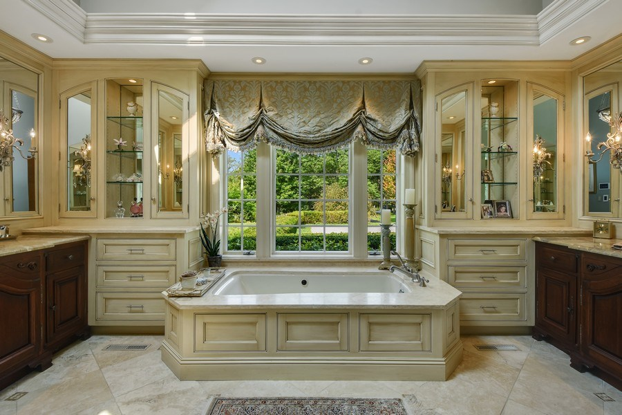 Real Estate Photography - 87 Hawley Woods Rd, Barrington Hills, IL, 60010 - Master Bathroom