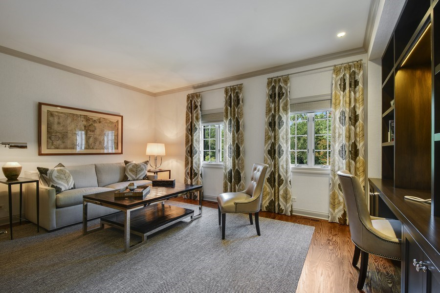 Real Estate Photography - 87 Hawley Woods Rd, Barrington Hills, IL, 60010 - 2nd Bedroom Ensuite