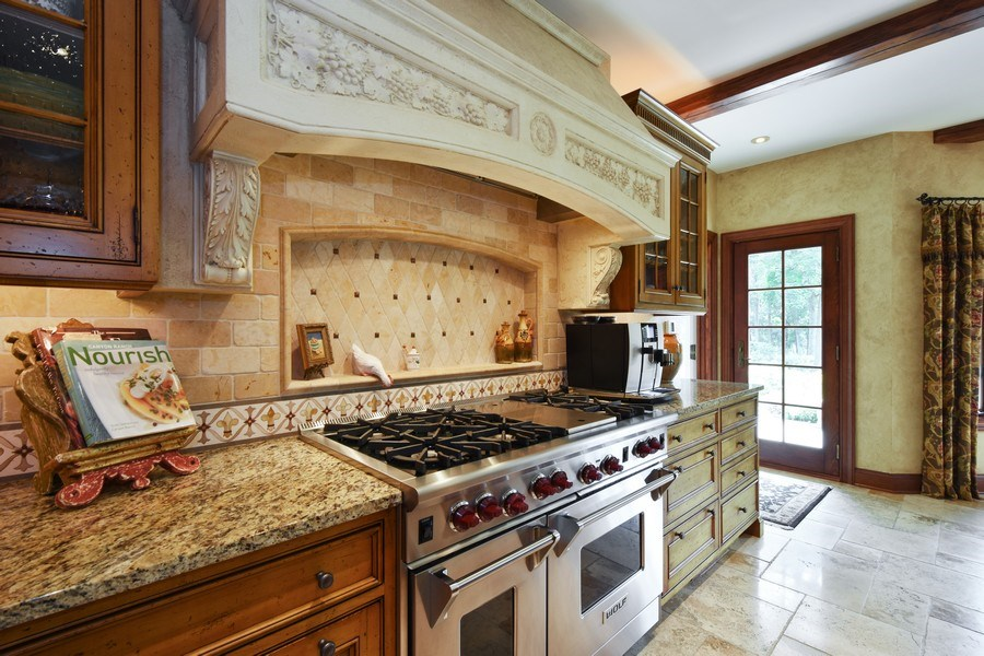 Real Estate Photography - 87 Hawley Woods Rd, Barrington Hills, IL, 60010 - Kitchen