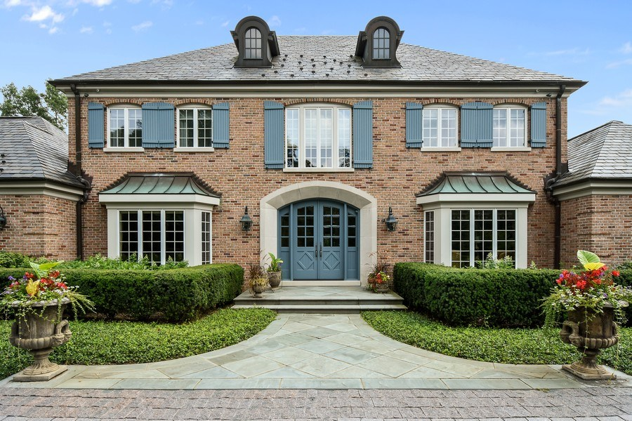 Real Estate Photography - 87 Hawley Woods Rd, Barrington Hills, IL, 60010 - Front View