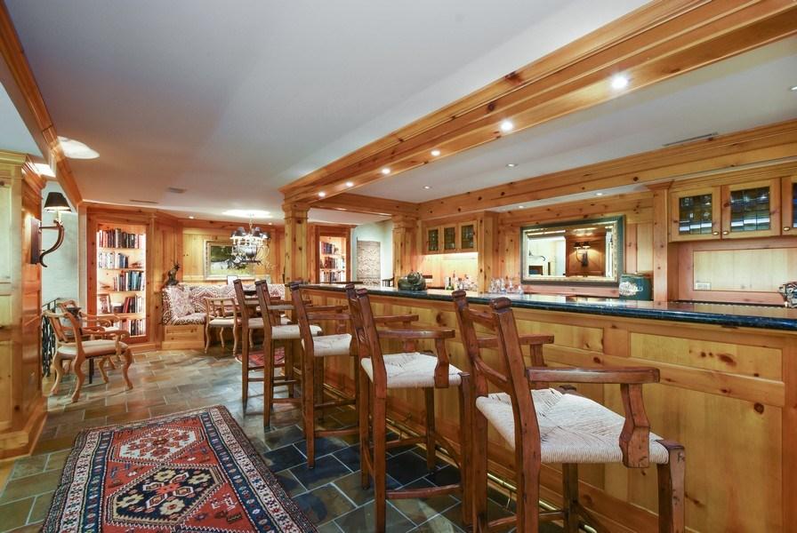 Real Estate Photography - 87 Hawley Woods Rd, Barrington Hills, IL, 60010 - Bar