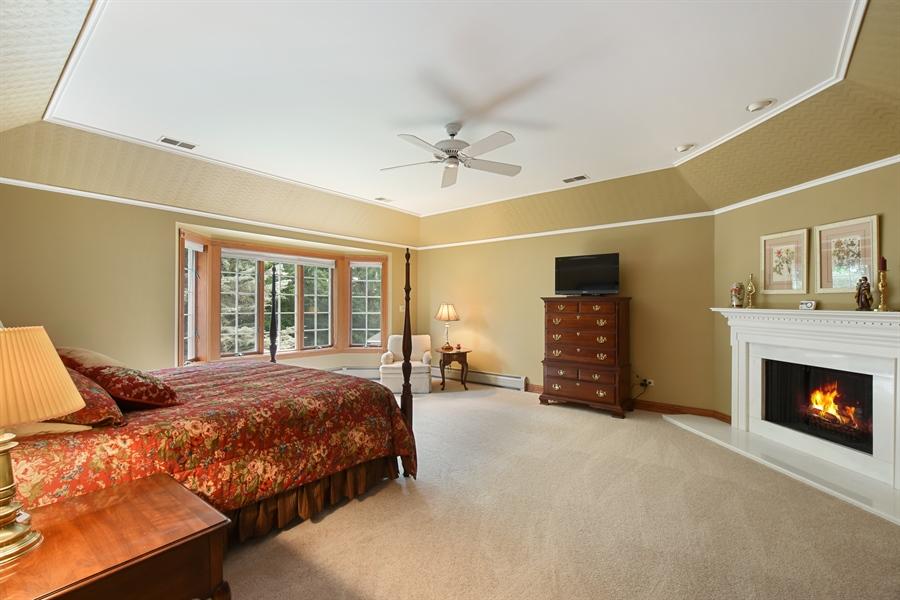 Real Estate Photography - 120 Dunrovin Dr, Barrington Hills, IL, 60010 - Master Bedroom