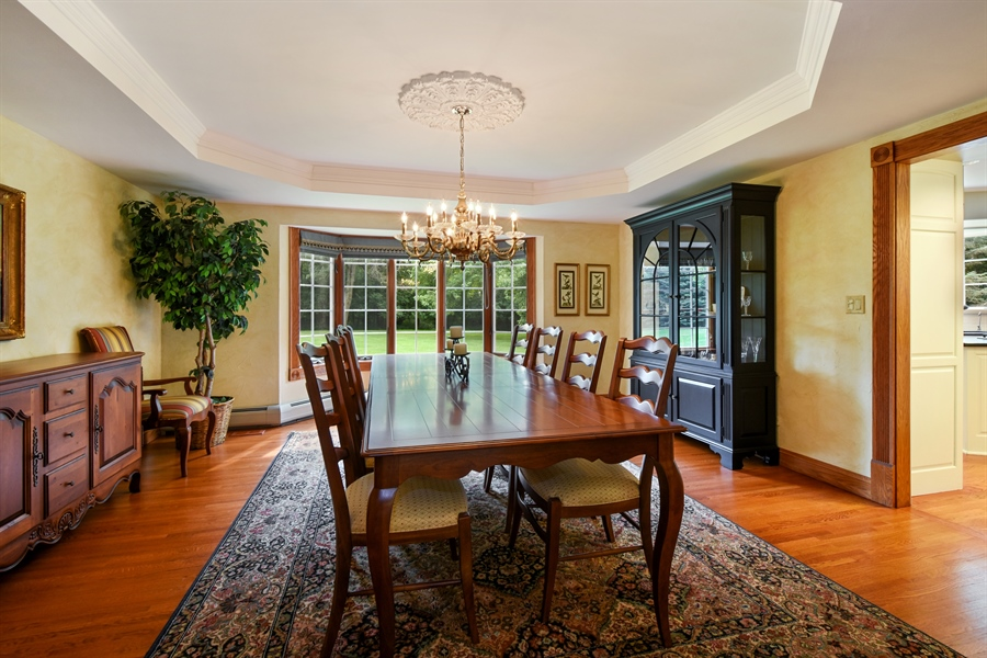 Real Estate Photography - 120 Dunrovin Dr, Barrington Hills, IL, 60010 - Dining Room