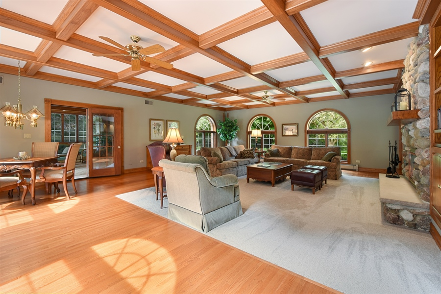 Real Estate Photography - 120 Dunrovin Dr, Barrington Hills, IL, 60010 - Family Room