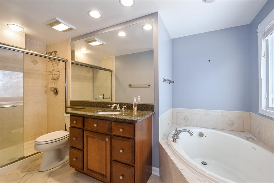 Real Estate Photography - 819 Meadow Lane, Barrington, IL, 60010 - Master Bathroom