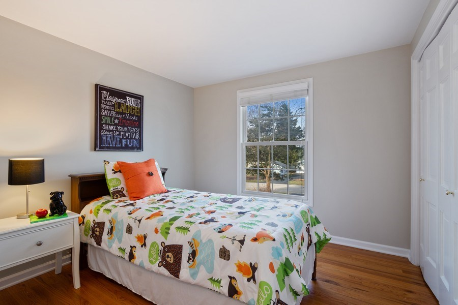 Real Estate Photography - 819 Meadow Lane, Barrington, IL, 60010 - 2nd Bedroom