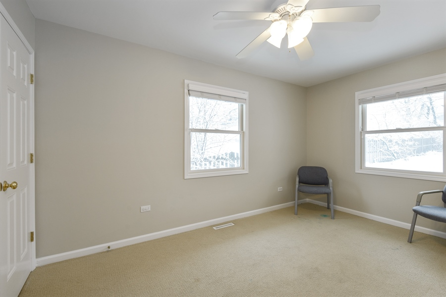 Real Estate Photography - 819 Meadow Lane, Barrington, IL, 60010 - Office