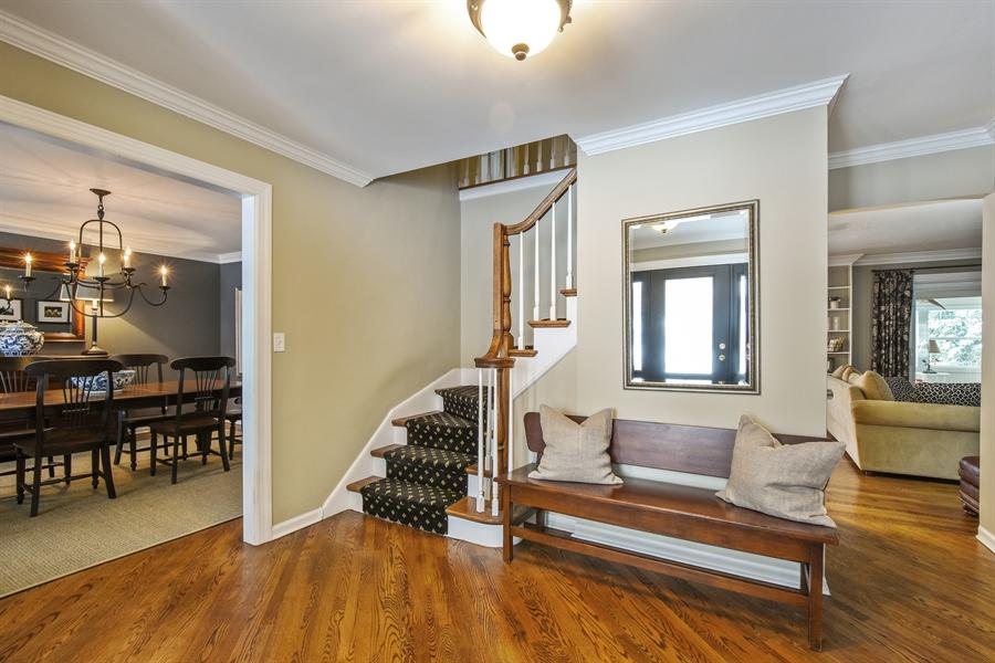 Real Estate Photography - 510 Shady Lane, Barrington, IL, 60010 - Foyer