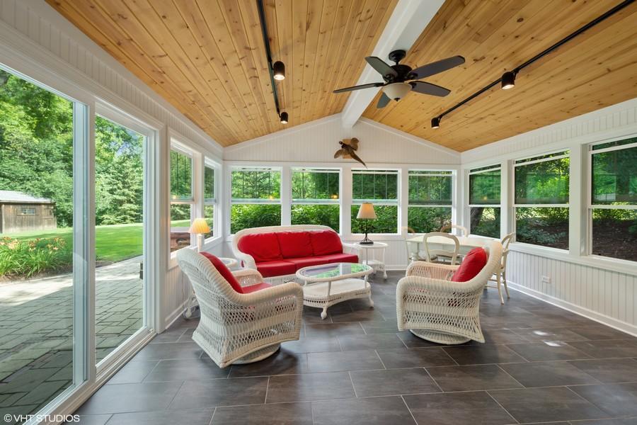 Real Estate Photography - 510 Shady Lane, Barrington, IL, 60010 - Screened Porch