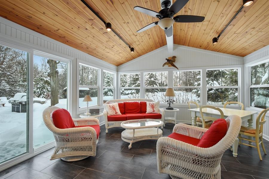 Real Estate Photography - 510 Shady Lane, Barrington, IL, 60010 - 3-Season Room