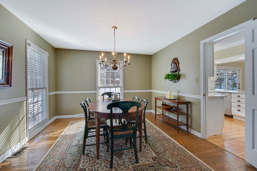 Real Estate Photography - 425 W. Sunset Rd., Barrington, IL, 60010 - Dining Room