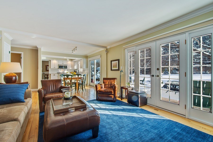 Real Estate Photography - 425 W. Sunset Rd., Barrington, IL, 60010 - Family Room