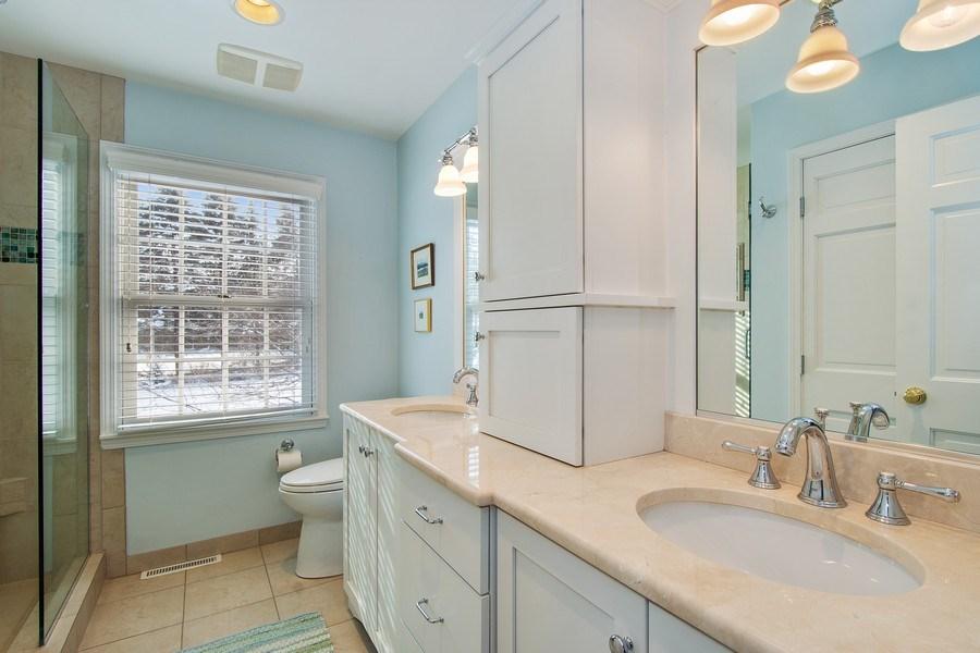 Real Estate Photography - 425 W. Sunset Rd., Barrington, IL, 60010 - 2nd Bathroom
