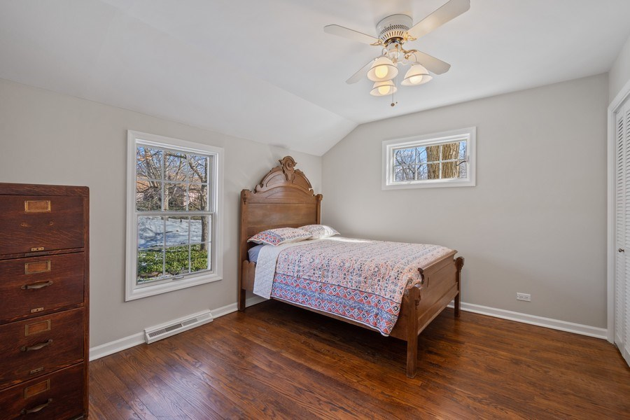 Real Estate Photography - 475 Brookside, North Barrington, IL, 60010 - 2nd Bedroom