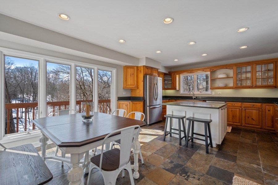 Real Estate Photography - 475 Brookside, North Barrington, IL, 60010 - Kitchen / Breakfast Room