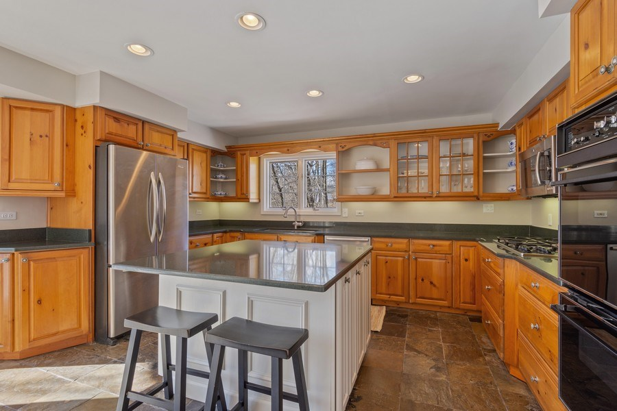 Real Estate Photography - 475 Brookside, North Barrington, IL, 60010 - Kitchen