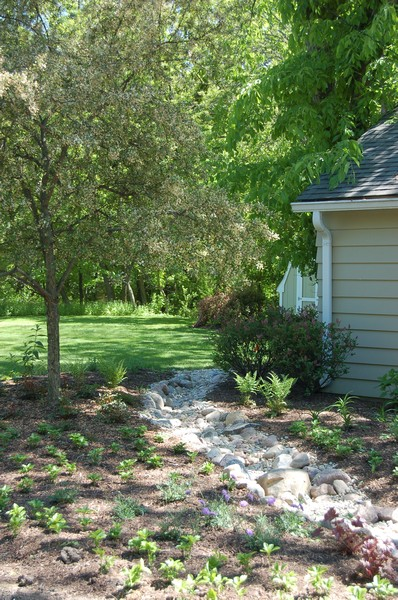 Real Estate Photography - 475 Brookside, North Barrington, IL, 60010 - Spring Landscaping