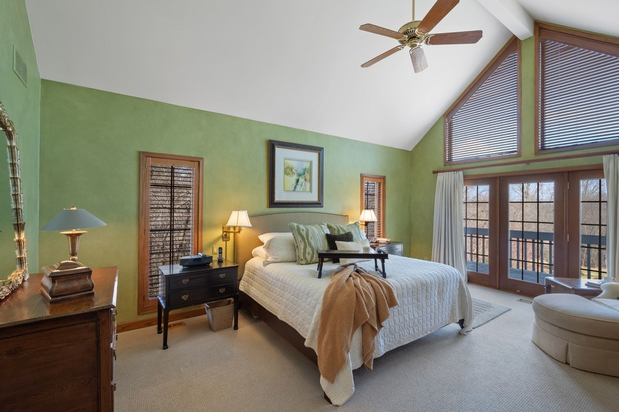 Real Estate Photography - 246 Oak Knoll Rd., Barrington HIlls, IL, 60010 - Master Bedroom