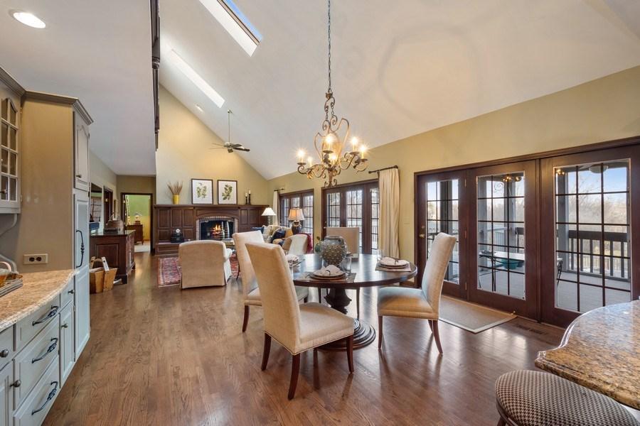 Real Estate Photography - 246 Oak Knoll Rd., Barrington HIlls, IL, 60010 - Breakfast Area