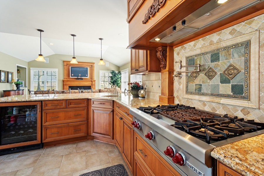Real Estate Photography - 506 Elm Road, Barrington, IL, 60010 - Kitchen