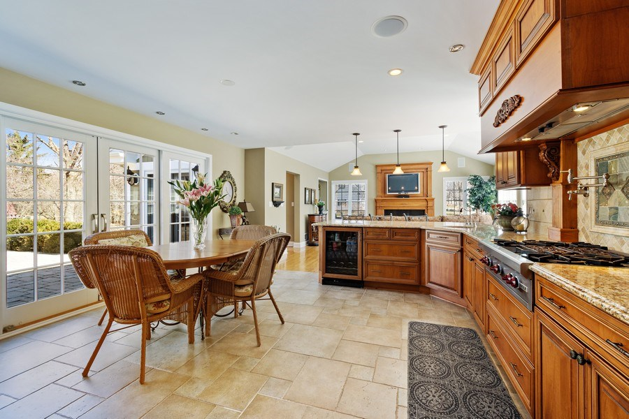 Real Estate Photography - 506 Elm Road, Barrington, IL, 60010 - Breakfast Area