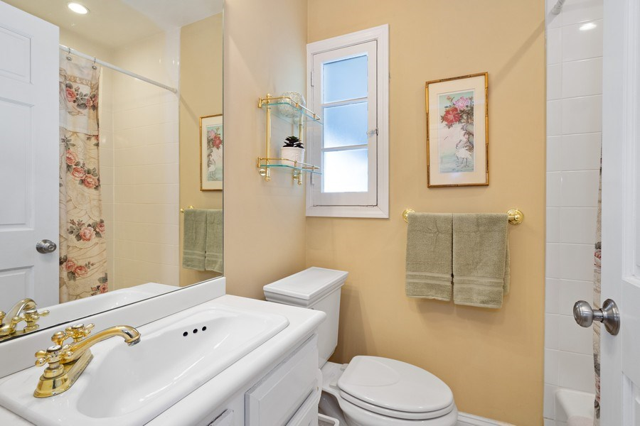 Real Estate Photography - 506 Elm Road, Barrington, IL, 60010 - Full Hall Bath, Main Level