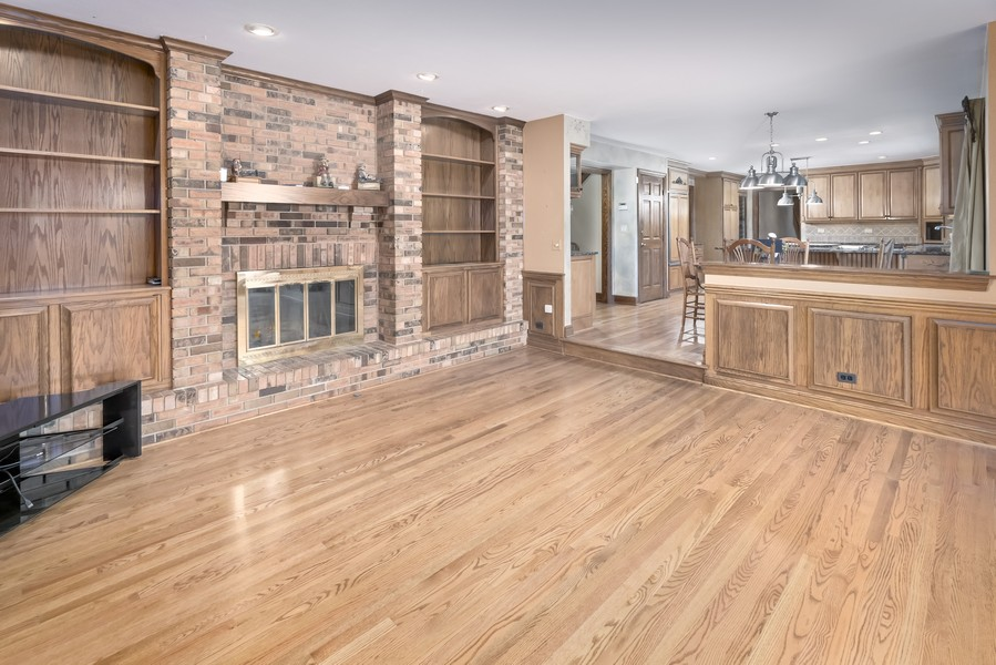 Real Estate Photography - 11 Corey Drive, South Barrington, IL, 60010 - Family Room