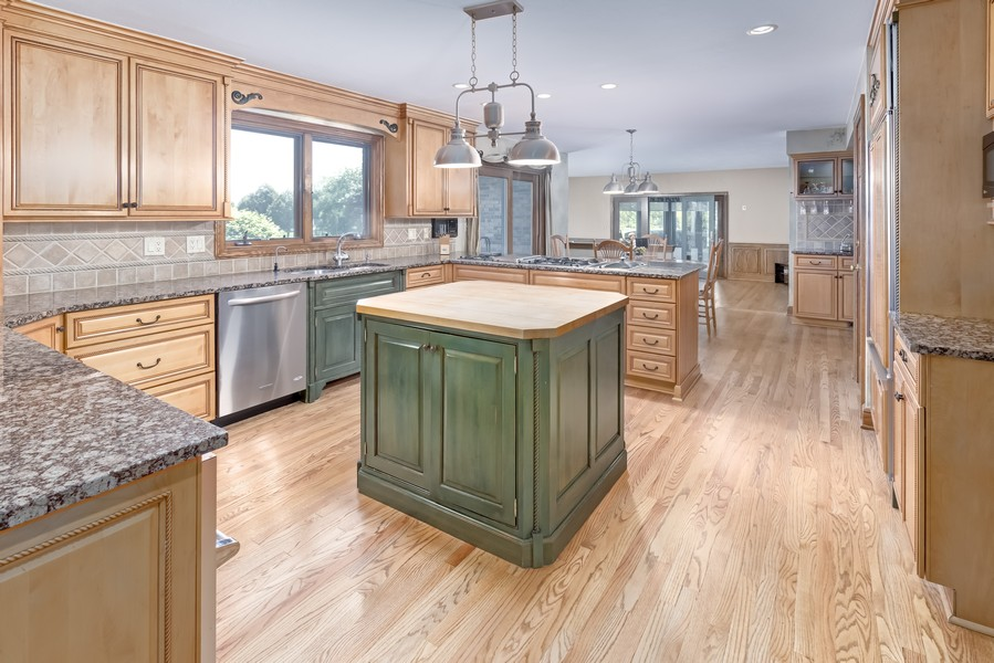 Real Estate Photography - 11 Corey Drive, South Barrington, IL, 60010 - Kitchen
